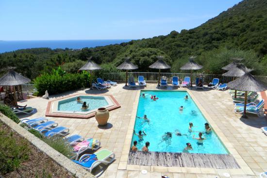 La piscine picture of camping u libecciu olmeto for Camping la piscine bretagne