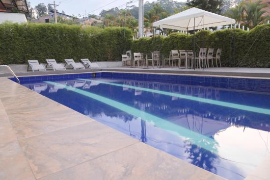 The Morgana Poblado Suites: Piscina