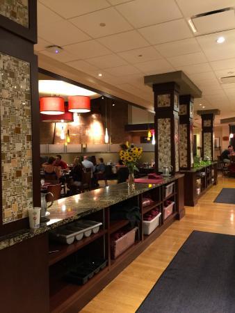 1899 Bar & Grill: The bar area