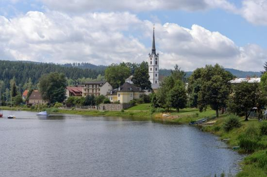 Church of St. Bartholomew照片