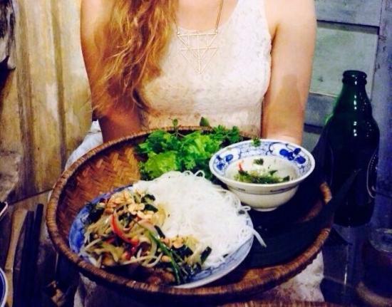 Moon Restaurant & Lounge: photo0.jpg