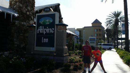 Alpine Inn: Great Place to stay!