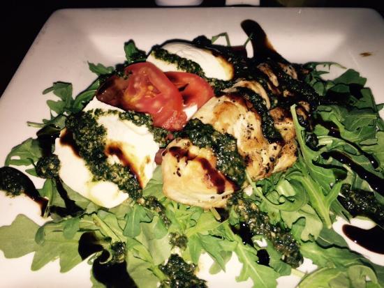 Crozet, VA: Yellowfin Tuna Roll and Chicken caprese