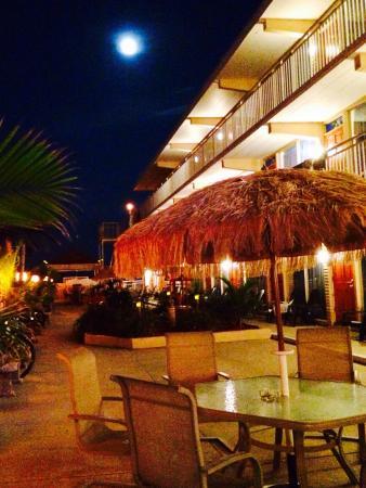 Granada Ocean Resort: ONCE MORE MEET AT GRANADA!🍹
