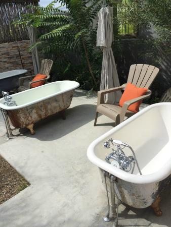 Cherry Wood Bed Breakfast and Barn: the twilight tubs