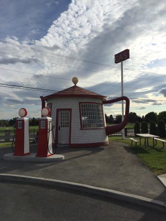 Zillah, WA: teapot station