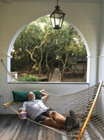 The Pelican Inn: Pelican Inn hammock