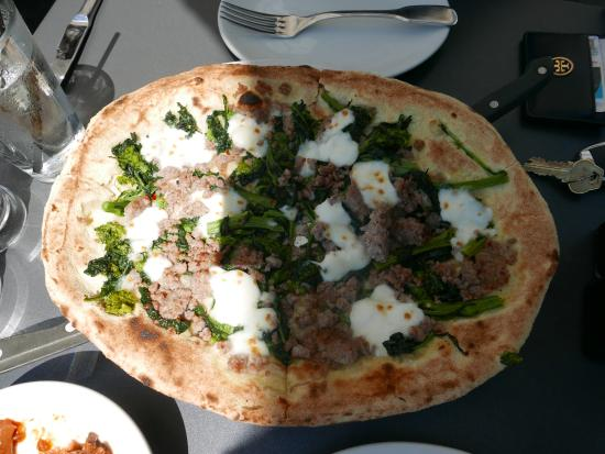 rapini pizza - Picture of Obica Mozzarella Bar - Century City, Los ...