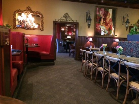 Hanger S Restaurant Impressive Interior