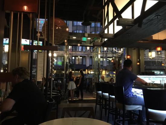 Full Moon Sushi Kitchen Bar