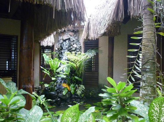 Savasi Island Villas : The Waterfall Villa