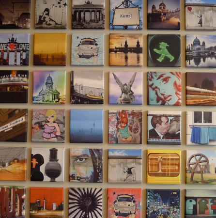 i31 Hotel: Cool art on the walls!