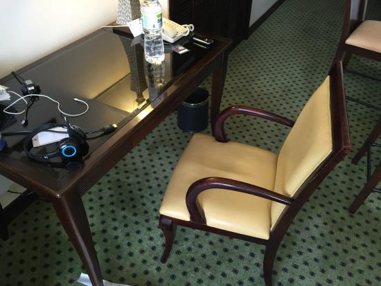 Miri Marriott Resort & Spa: The desk chair