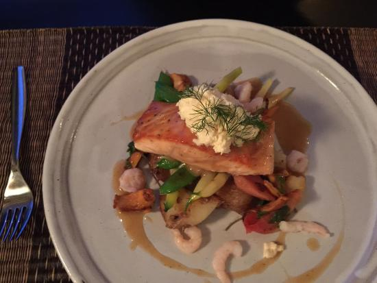 The Pearl Eatery: Salmon
