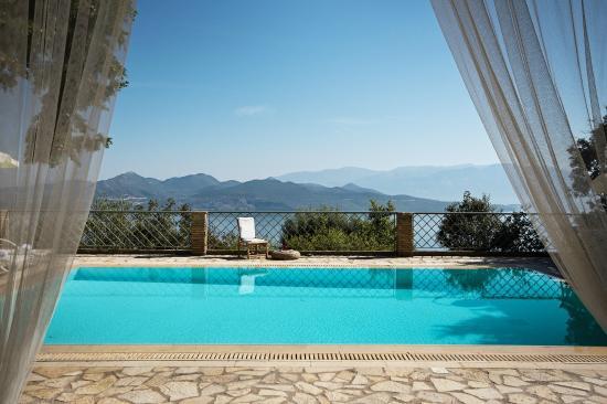 Diodati Villas Lefkada: Villa Aethra - pool space