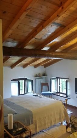 Bed and breakfast lonardi provincie verona itali foto 39 s en reviews tripadvisor - Kleedkamer voor mansard kamer ...