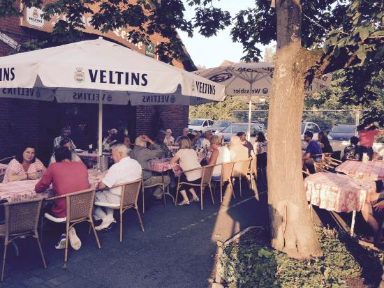 Kaarst, Germany: Der Biergarten