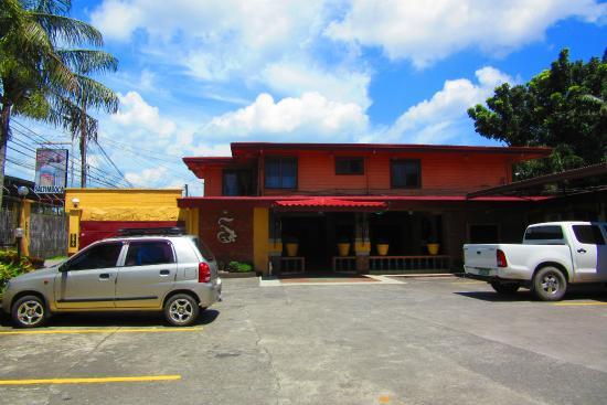 Saltimboca Tourist Inn: A home away from home