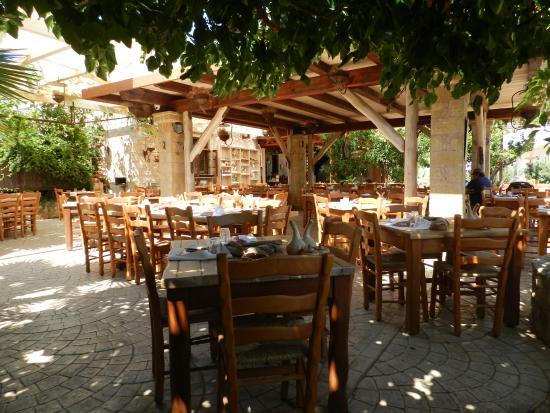 Kaliviani, Grecja: ...