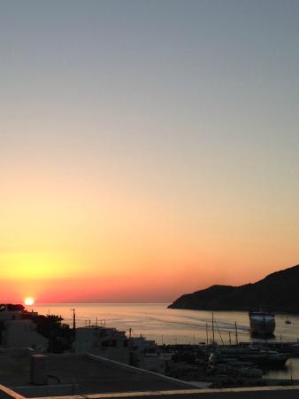Simeon Rooms & Apartments: Le coucher de soleil depuis la terrasse