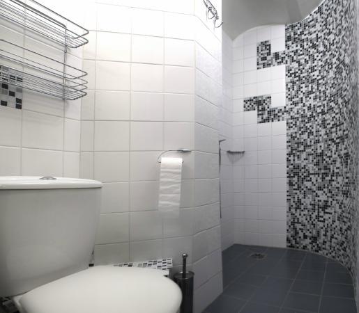 Gate Apartments: Bathroom in one bedroom apartament at Valnu street 10