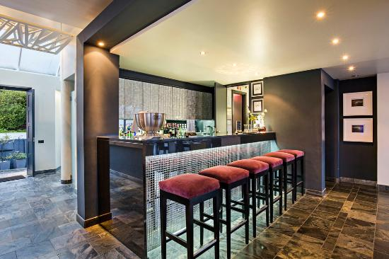 O on Kloof Boutique Hotel & Spa: Bar