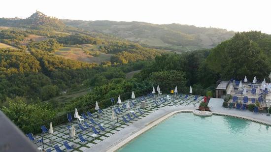 Piscina bild von albergo posta marcucci bagno vignoni - Bagno vignoni hotel posta marcucci ...