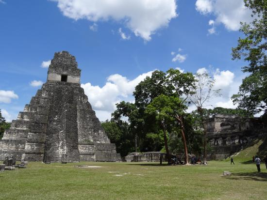 المعبد الرابع