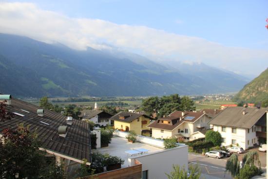 Waldhof: Aussicht vom Balkon des Zirbe-Zimmers