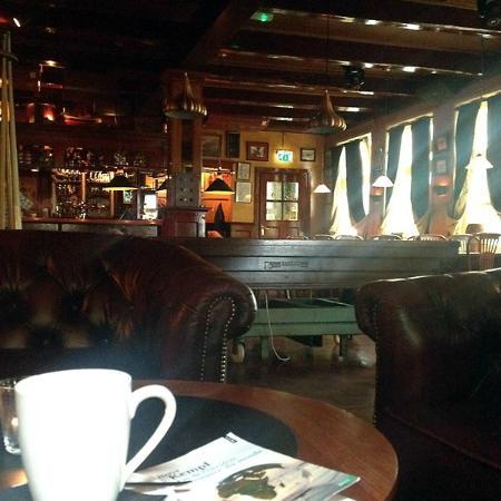 Hotel Nobel Ameland : Bruin cafe