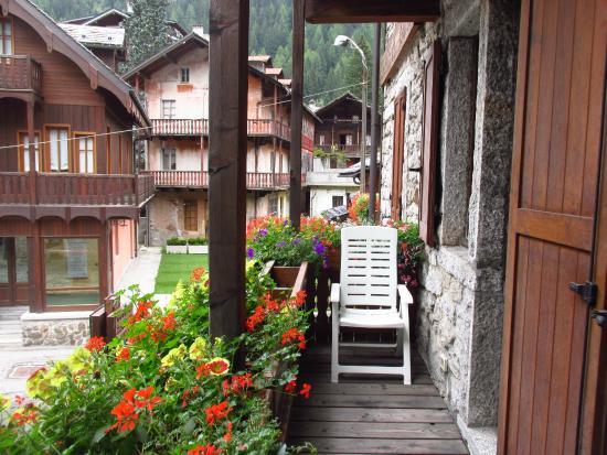 Residence Hotel Cima Jazzi: Un balcone dell'hotel