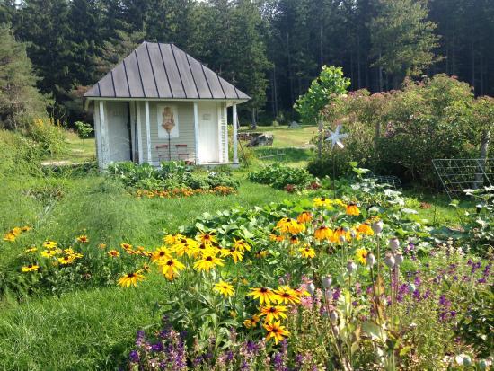 Huntington, VT: garden