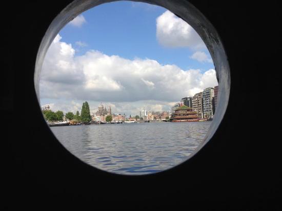 AmicitiA: view from cabin window