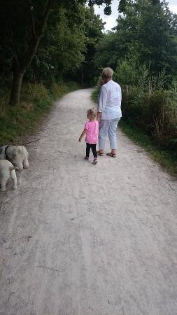 Bubbenhall, UK: Going for a walk