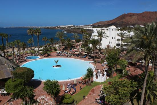 H10 Timanfaya Palace: One of the pools