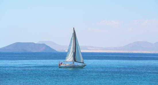 H10 Timanfaya Palace: Looking towards Fuerteventura