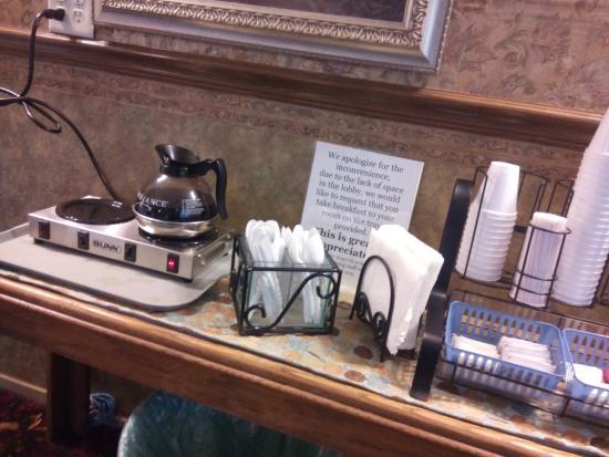 Jamestown, Kaliforniya: Die Getränke aus dem Frühstücksangebot