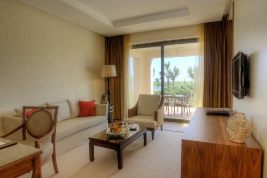 Cascade Wellness & Lifestyle Resort: Rooms