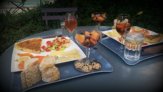 Quincie-en-Beaujolais, Francja: Exemple de plateaux gourmands du soir, Le Trésor d'Alice, Quincié en Beaujolais, Rhône, France