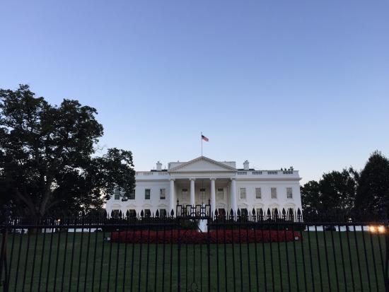 la maison blanche picture of white house washington dc tripadvisor. Black Bedroom Furniture Sets. Home Design Ideas