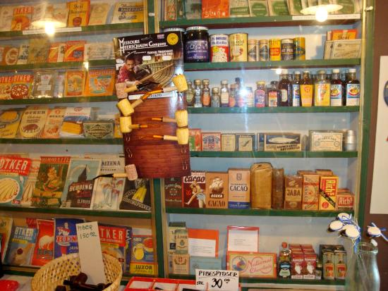 Randboel, Denemarken: De mange gamle vare behøver næsten at få historien med om deres brug i datidens køkken.