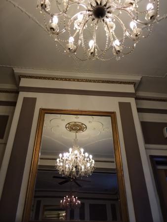 Warwick Arms Hotel: Bar lounge