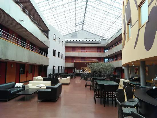 olivarius apparthotel villeneuve d 39 ascq foto di olivarius apart 39 hotel villeneuve d 39 ascq. Black Bedroom Furniture Sets. Home Design Ideas