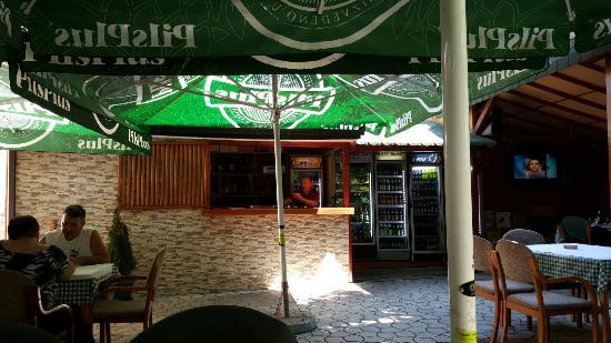 Vranje, Serbia: Outside seating