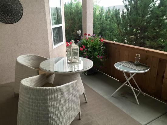 The Hopeless Romantic B and B: The patio.