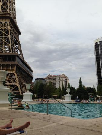 Paris Las Vegas: The pool
