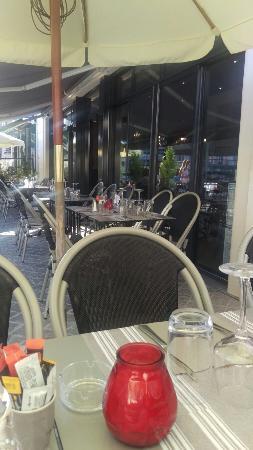Table Du Marche