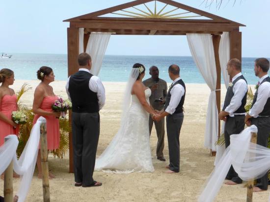 S Swept Away Csa Beach Wedding