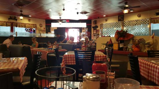 Mo S Egg House Restaurant Interior