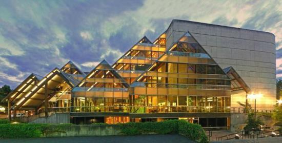 Broadway Inn Eugene: Hult Center